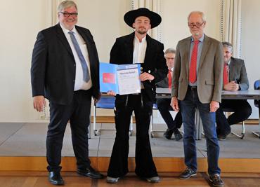 Schütte Holzbau Uelzen - Meisterprüfung Nanti Sandro Einhorn