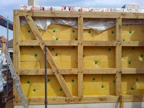 Schütte Holzbau Uelzen - Zimmerei - Aufstellen eines Fachwerkhauses